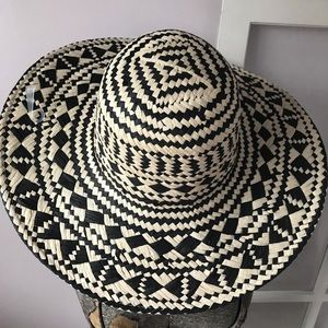 NWT Loft Paper Pattern Beach Floppy Hat